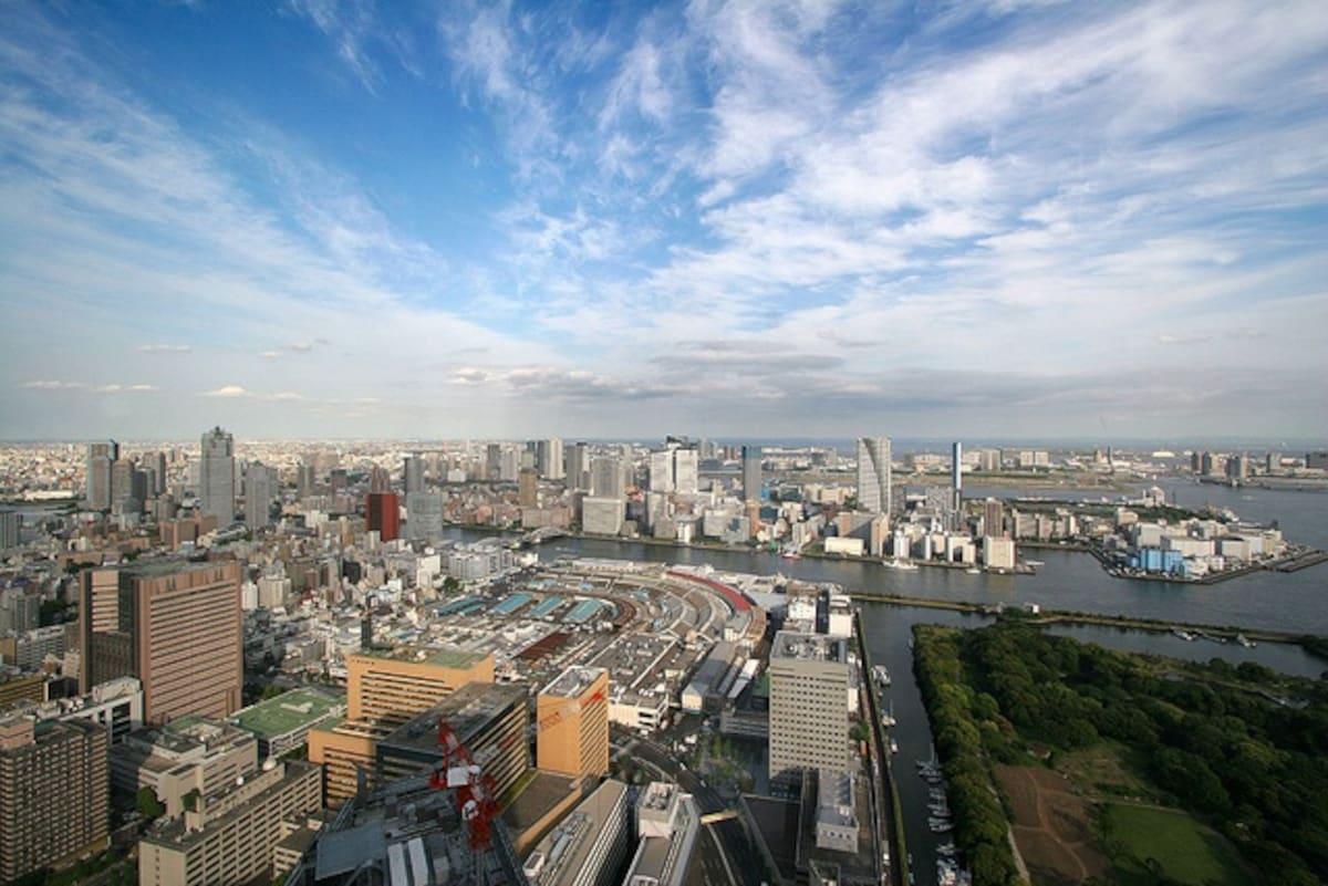 2. ชั้น 46 อาคาร Caretta Shiodome