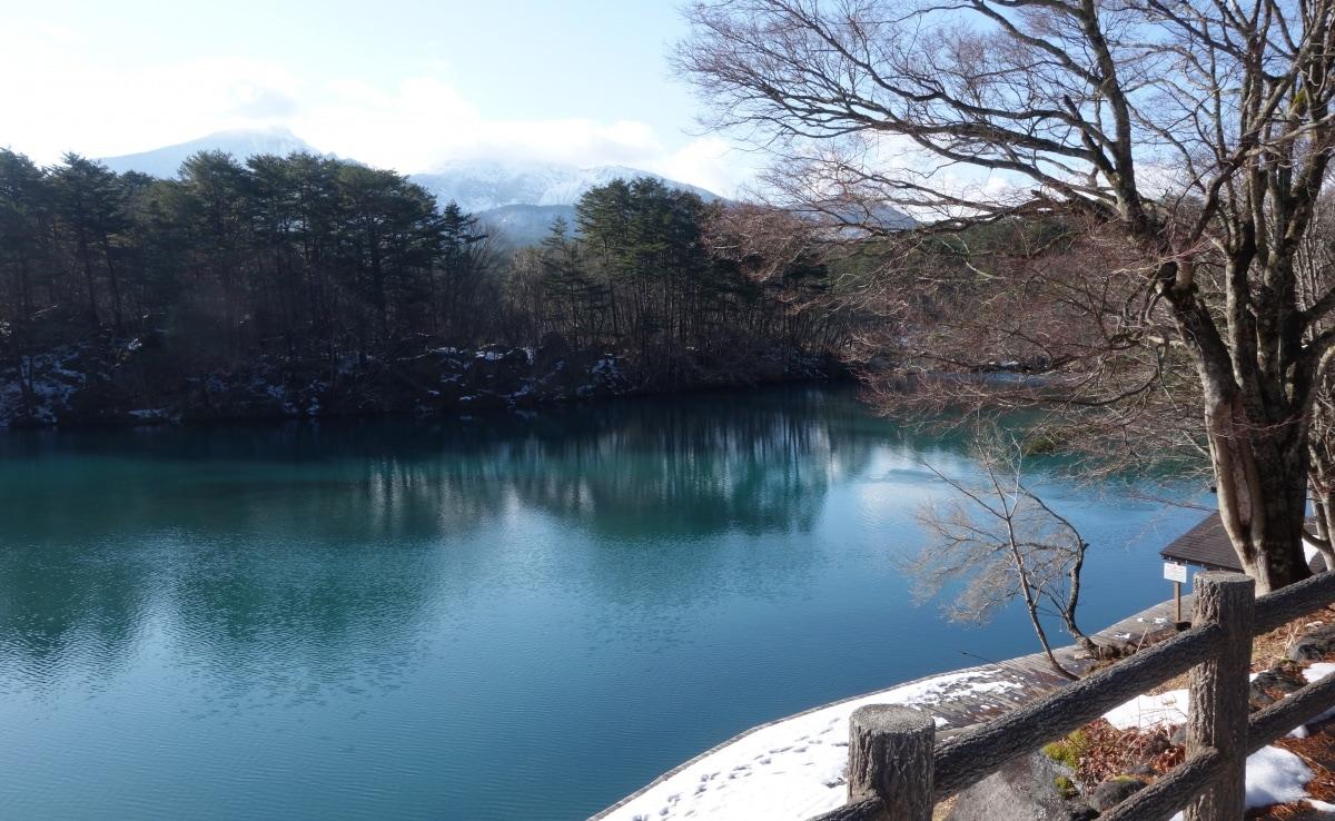 โกะชิคินุมะ (Goshiki-numa)