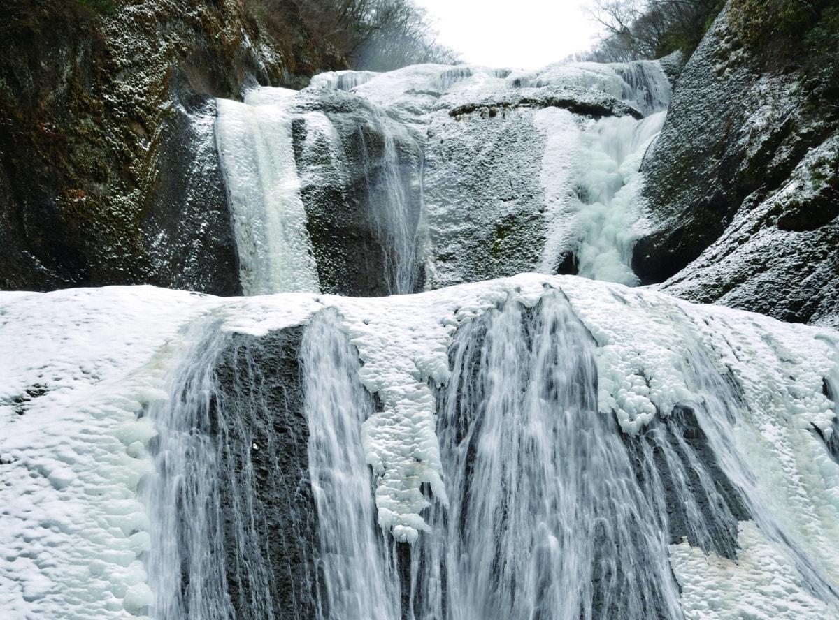 Fukuroda Falls (Frozen falls)