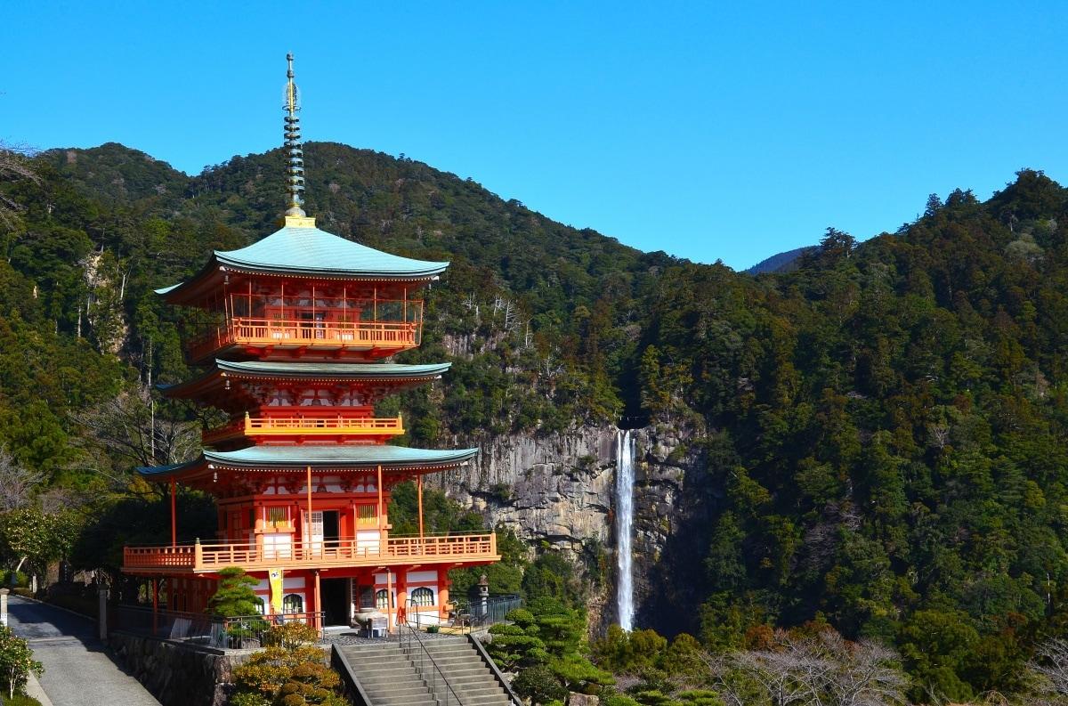 NO.5 【和歌山縣】熊野那智大社和那智瀑布