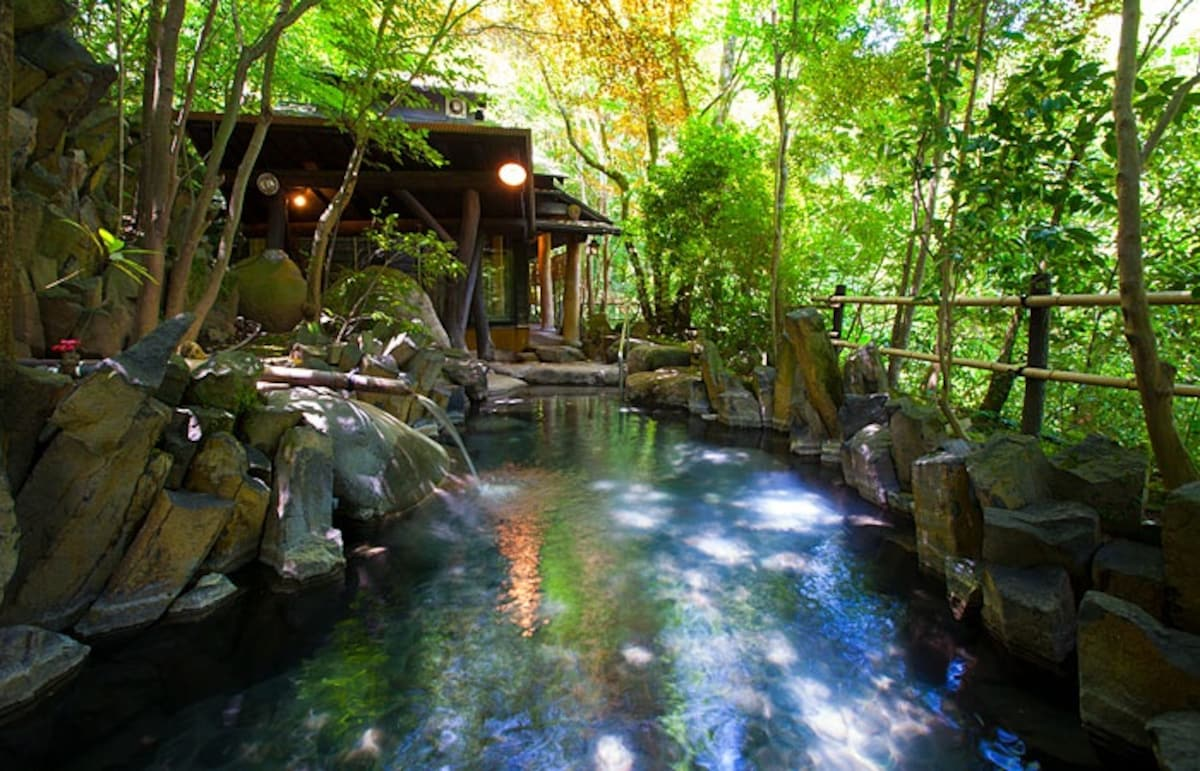 飽覽瀑布美景的溫泉 天ケ瀬温泉|山荘 天水