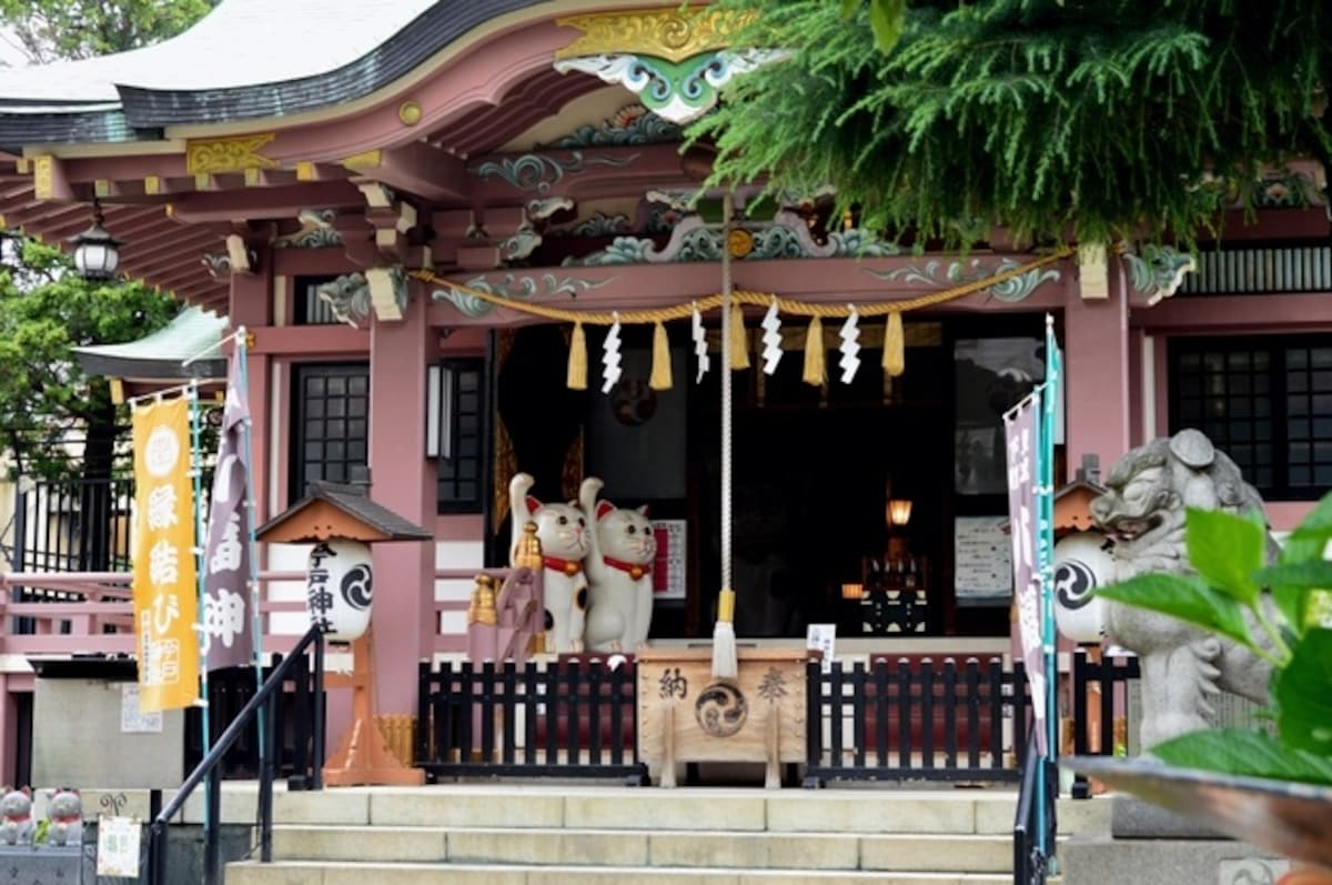 招財貓招來良緣的今戸神社