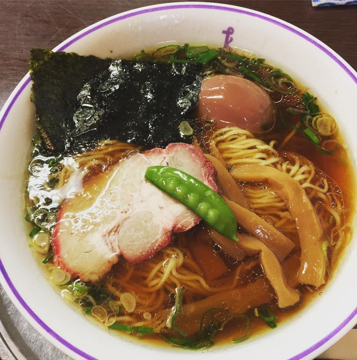 【日本橋】洋食老舖的立食拉麵區|泰明軒