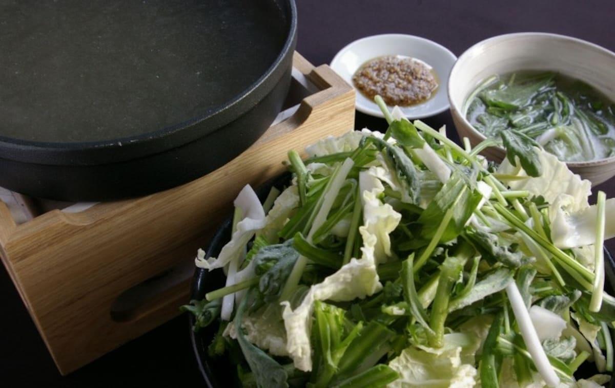 ■嚴選素材的健康美顏鍋【世田谷】燒鳥 草鍋 鳥山居