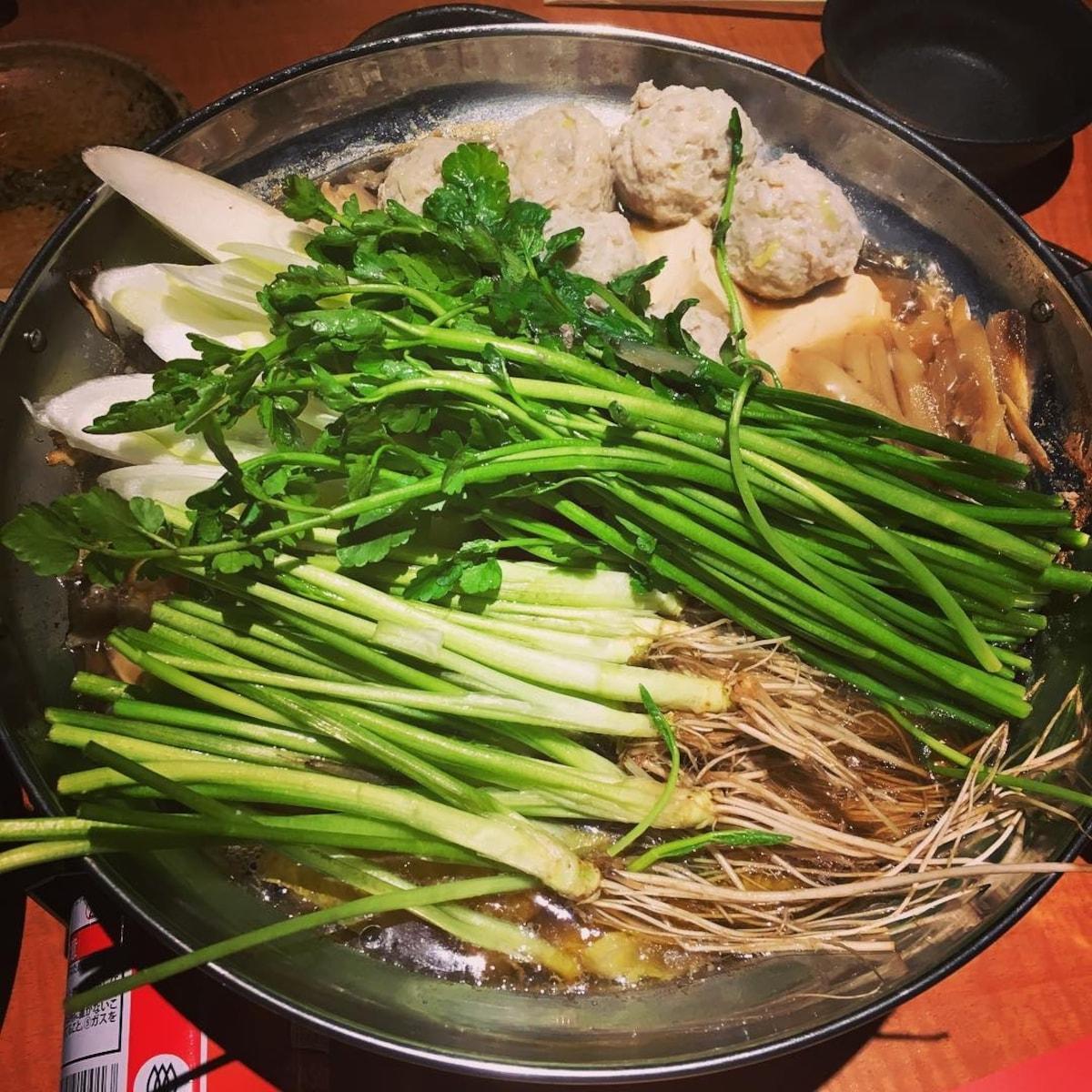■仙台牛、三陸海鮮與芹菜鍋【新橋】千代の蔵