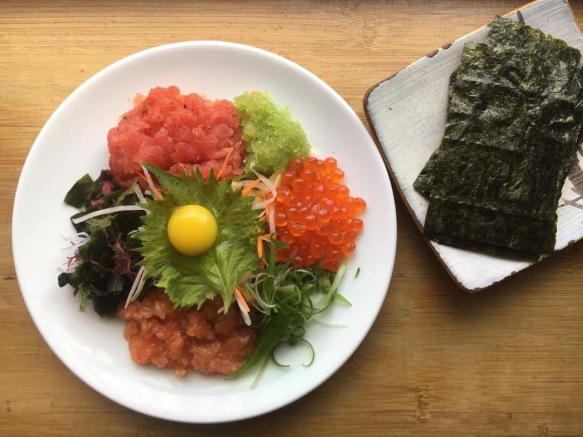 Miho Izakaya — A Full Lineup of Original Dishes