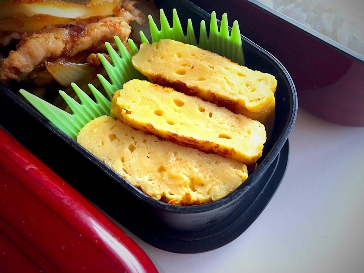 (1) สูตรไข่เจียว หรือ ไข่ม้วน (ทามาโกะยากิ 卵焼き)