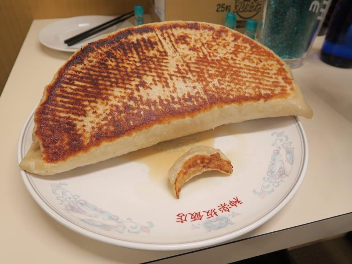 巨無霸餃子與炒飯等你來挑戰・神樂坂飯店@飯田橋