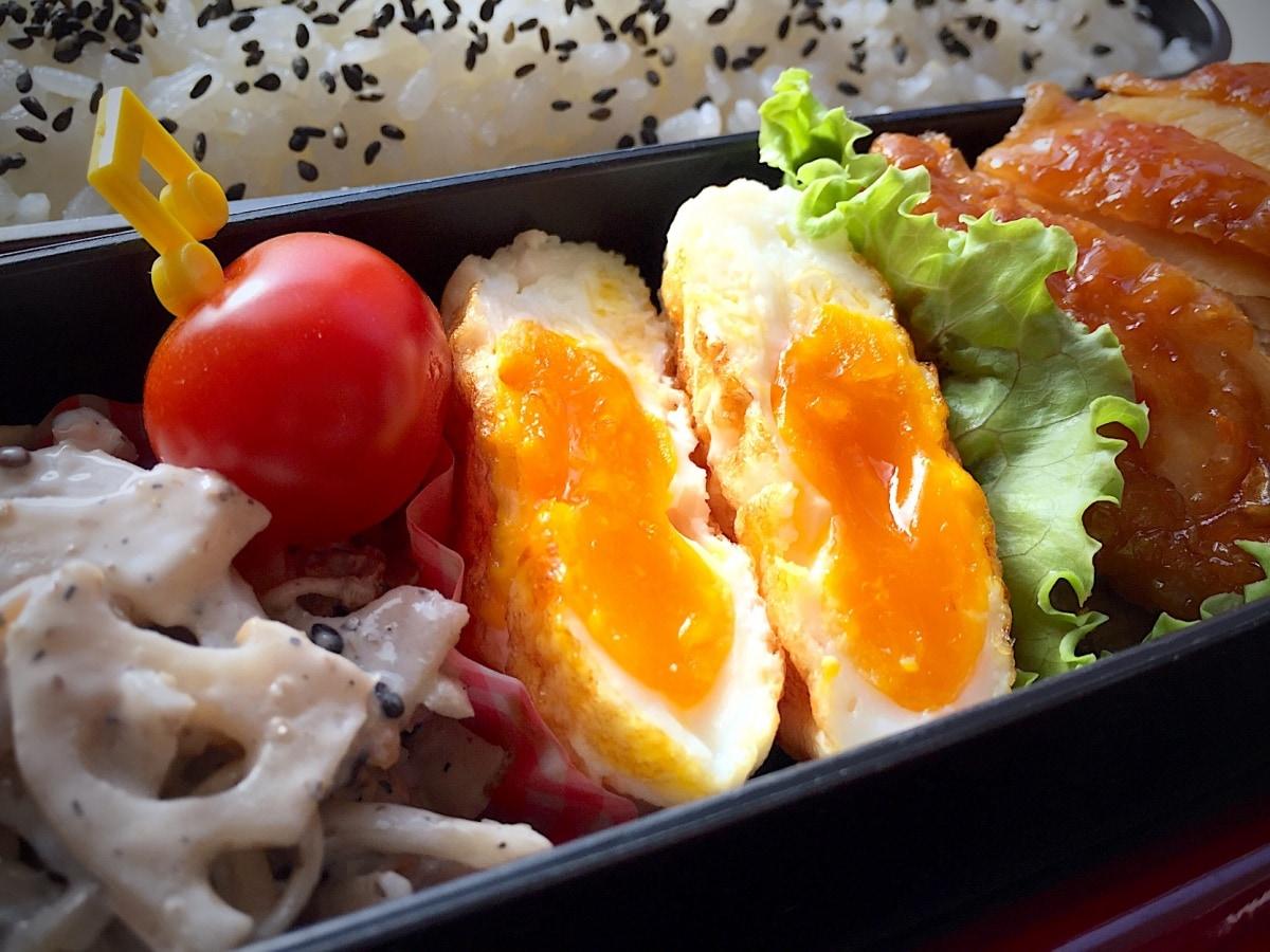 (2) สูตรไข่ดาว (เมะดะมะ ยากิ 目玉焼き)