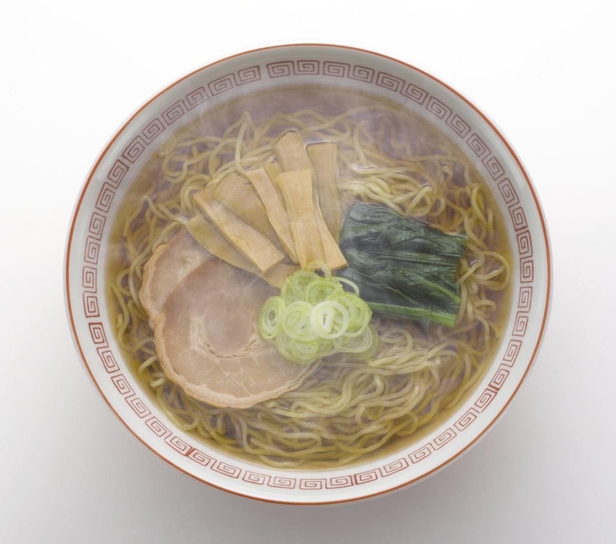 1. โชยุราเม็ง รสชาติเบสิคๆของชาวโตเกียว