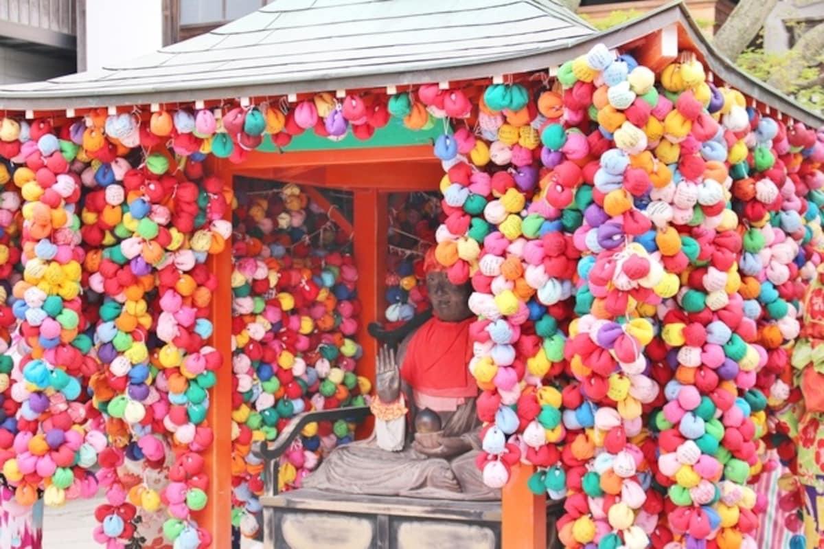 幫你實現願望的可愛猴子神社「八坂庚申堂」