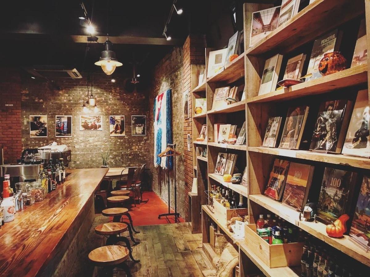 優雅的爵士氛圍|BLUE BOOKS cafe【自由之丘】