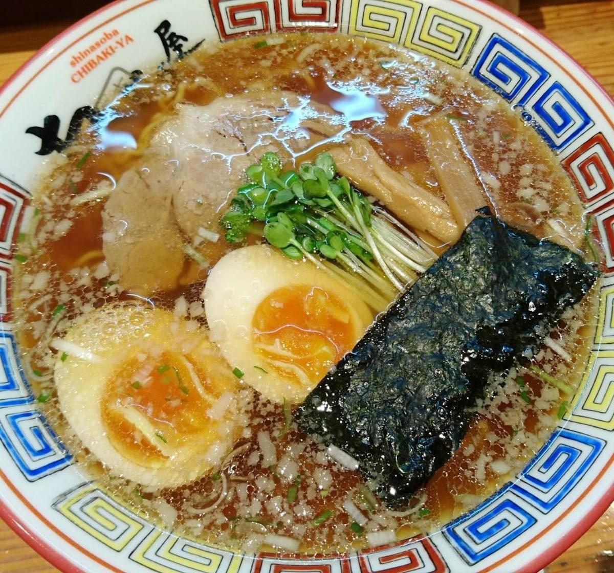 首創半熟溏心蛋的超人氣拉麵店|葛西・ちばき屋 (Chibakiya)