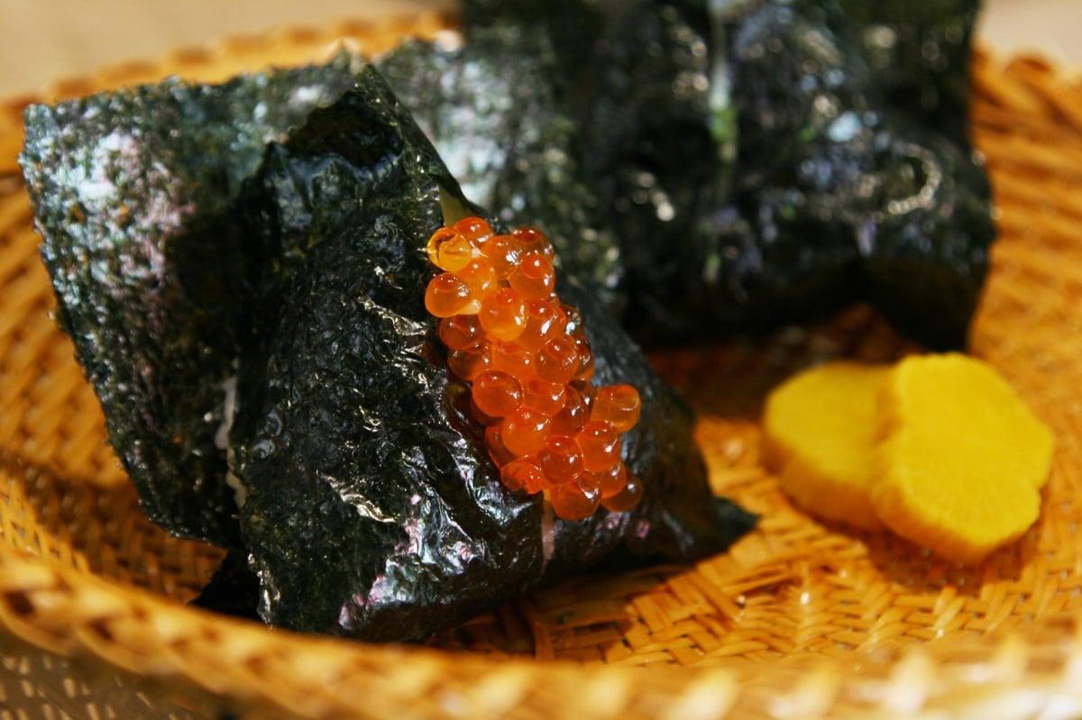 東京歷史最久的手作飯糰專門店┃おにぎり浅草宿六 (Onigiri Asakusa Yadoroku)