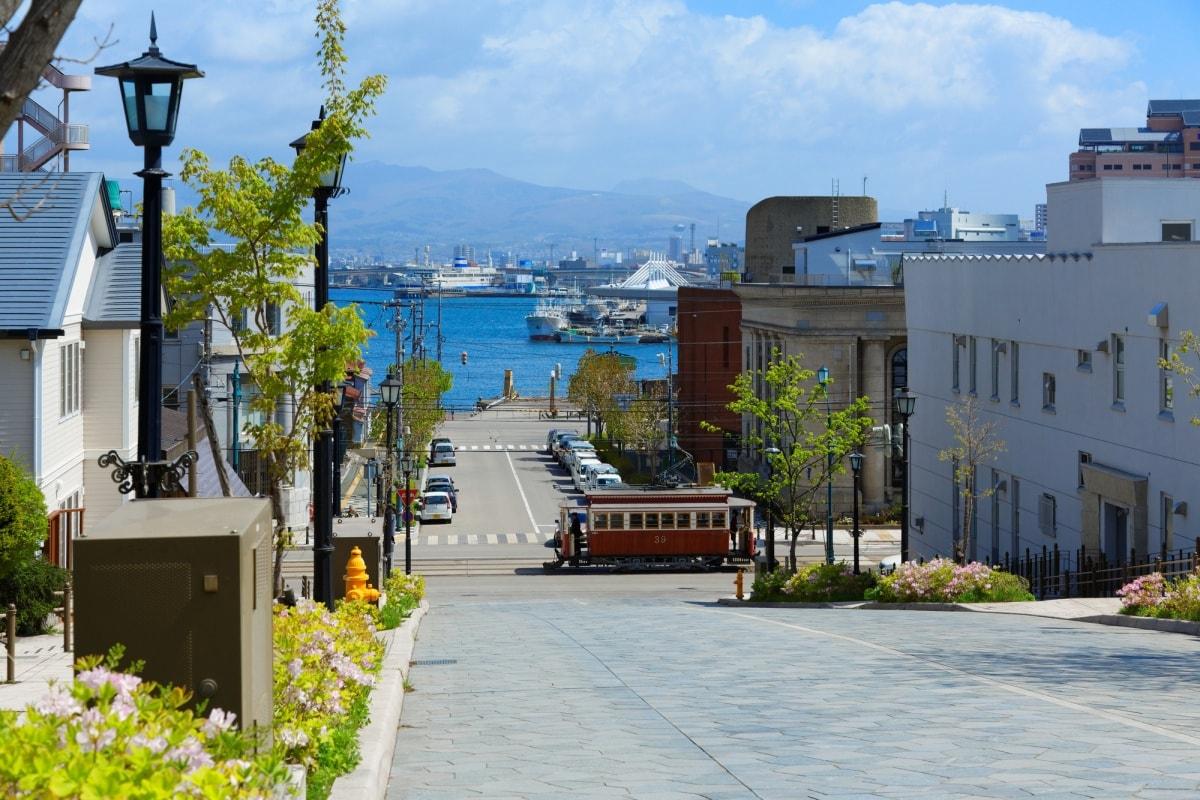 1. ย่านเมืองเก่าโมโตมาชิ ฮาโกดาเตะ จังหวัดฮอกไกโด (Motomachi  Hakodate, Hokkaido)