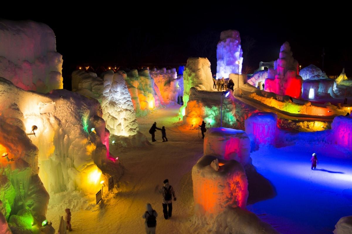 4. Chitose Lake Shikotsu Ice Festival