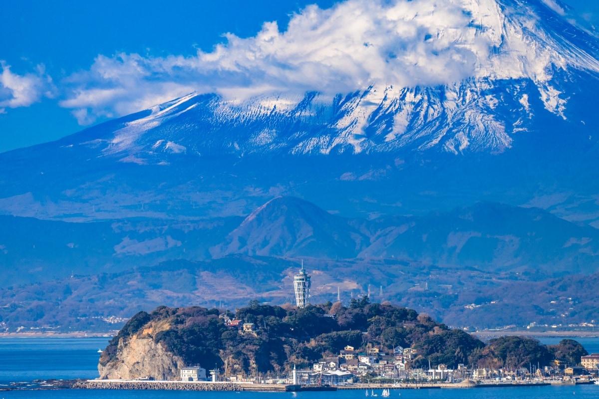 1. เกาะเอโนะชิมะ จ. คานางาวะ (Enoshima, Kanagawa)