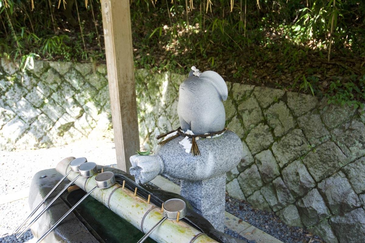 鳥取市小旅行第一站:祈求姻緣的神社「白兔神社」