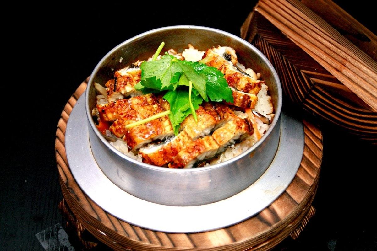 到奈良必吃的一味 — 志津香釜饭