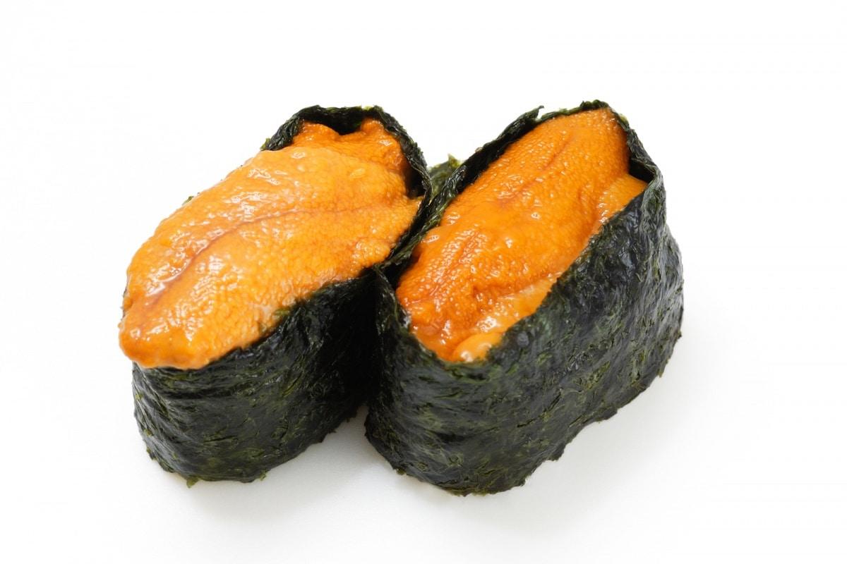海栗(うに:Uni)= ซูชิหน้าไข่หอยเม่น