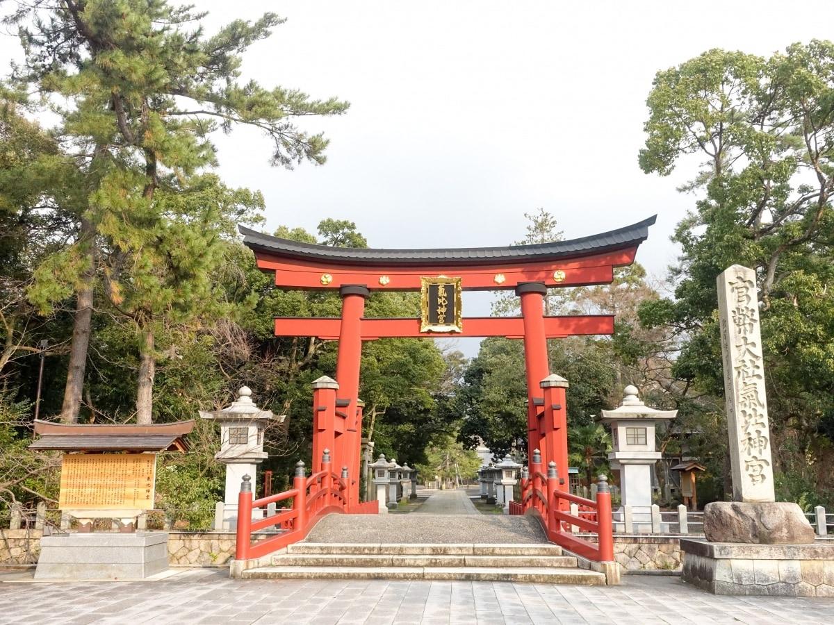 守護福井人的神社「氣比神宮」