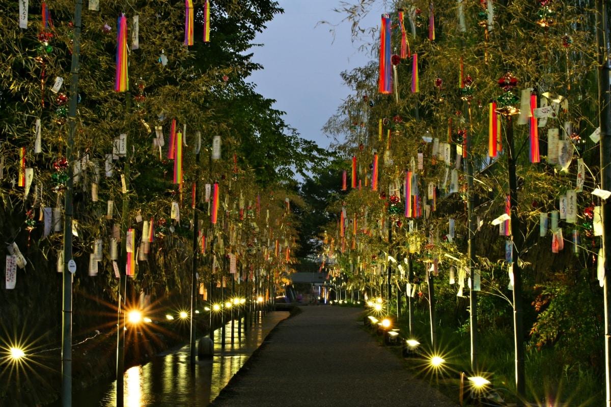 1. ร่วมงานเทศกาลทานาบาตะในเมืองต้นกำเนิดที่ จ.เกียวโต (Kyo no Tanabata, Kyoto)