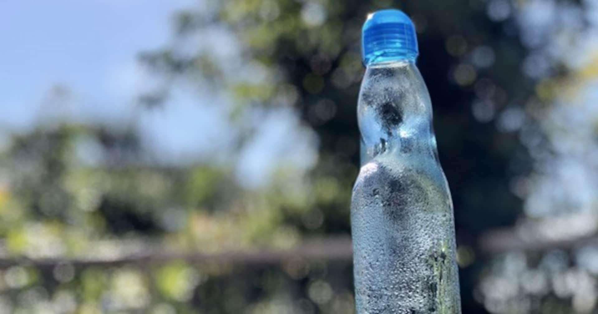 ラムネの瓶にビー玉が入っている意外過ぎる理由が判明!! え、中身はサイダーと同じってホント?