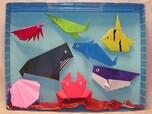空き箱と折り紙で海を作ろう