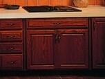 """""""キッチン""""は木製キャビネットとモダンなタイプの2種類が人気"""