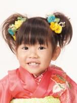 髪の量が少ない3歳児の女の子におすすめな2つ結び