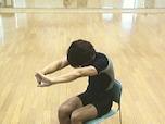 腰から背中をリフレッシュできる快感ストレッチ
