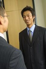 第一印象をよく見せるスーツのコーディネート