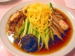 最初に「冷やし中華」を出したとされる、明治39年創業「揚子江菜館」