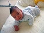 【生後7ヶ月頃】ハイハイの一歩手前!