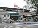 3位の駅の隣駅 ケヤキ並木が魅力的なクラシカルな街