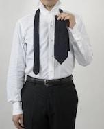 ネクタイの結び方その3 セミウィンザーノット