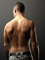 背中のトレーニングで体のバランスを保つ