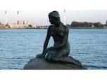 憂いを帯びた美女・人魚姫の像(デンマーク)