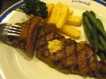 リーズナぶりな値段で上質のステーキがいただける「ル・モンド」