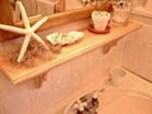 平凡な洗面台が温もりのある優しい雰囲気に変身