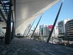 「東京駅八重洲口が一新 『グランルーフ』オープン」