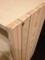 同じカラーボックスとは思えない!壁紙・包装紙で素敵なインテリア収納に
