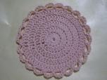丸く編んで作るコースターは意外と簡単!