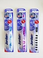 【ノルウェー】Jordan社のカラフルな歯ブラシ