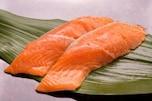 薄毛を防止したいなら「紅鮭」を食べるべし!