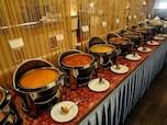 インドカレーのランチブッフェ「サムラート」