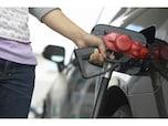ガソリン代はポイント高還元率のカードで支払う