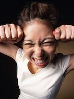 感情的に怒鳴る…子供の心に残るのはママの怖い顔と声