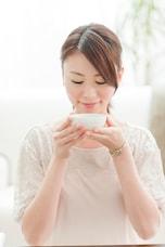 お風呂前後の「緑茶」でエイジングケア&ダイエット効果を狙う方法