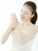 手荒れは肌荒れの原因にも?しっとり手に復活させる習慣